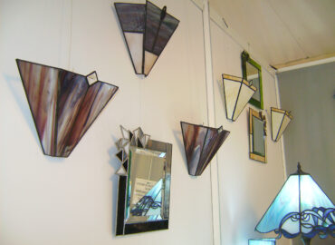 Aplique de luz pared. Espejos. Vidrio artesanal realizada por Natalia Benchoam