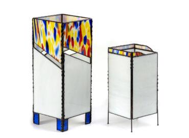 Lámpara moderna. Vidrio opalino realizada por Natalia Benchoam