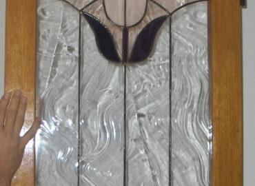 Ventana diseño tulipán. Vidrio barroco realizada por Natalia Benchoam